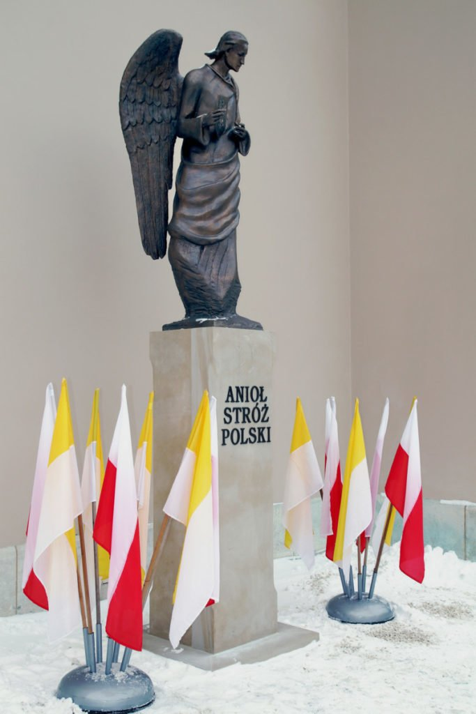 Figura Anioła Stróża Polski fot. Piotr Michalski
